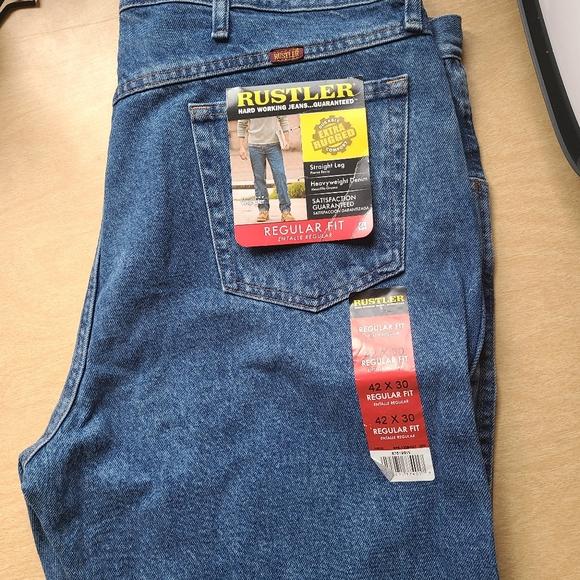 Men's Rustler Jeans-Regular Fit-Brand New